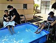 湘南希望の郷より 「今年も水遊びをしました!」