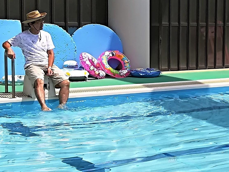 太陽の家しいの実学園より「プールに入ってきました」!
