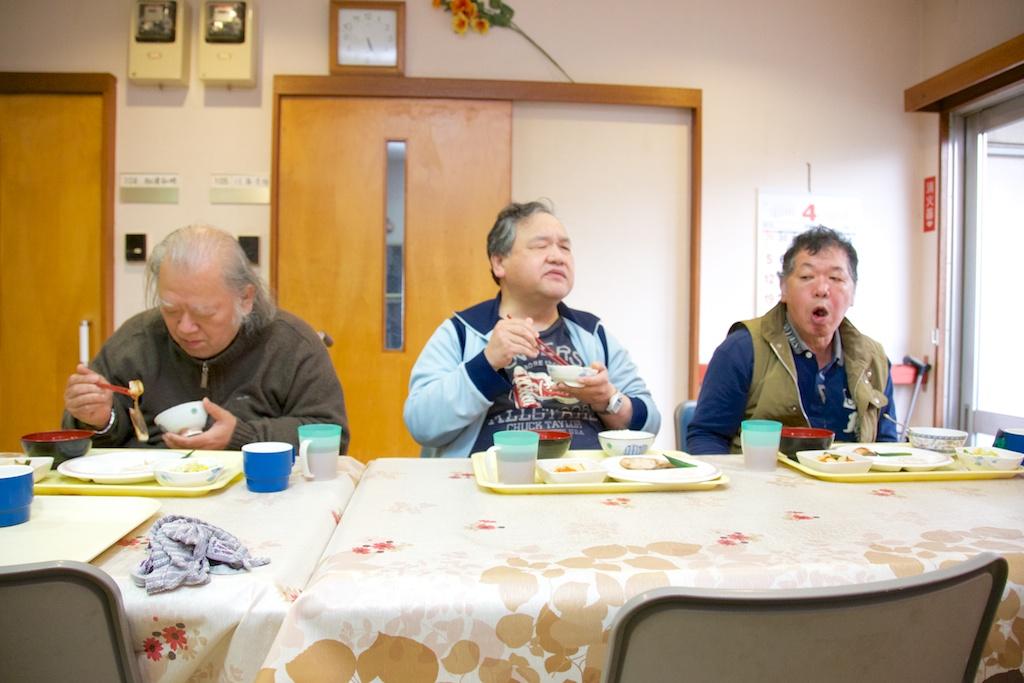 藤沢サンライズおそごう 食事風景写真