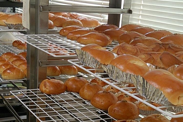焼きあがったパンの写真
